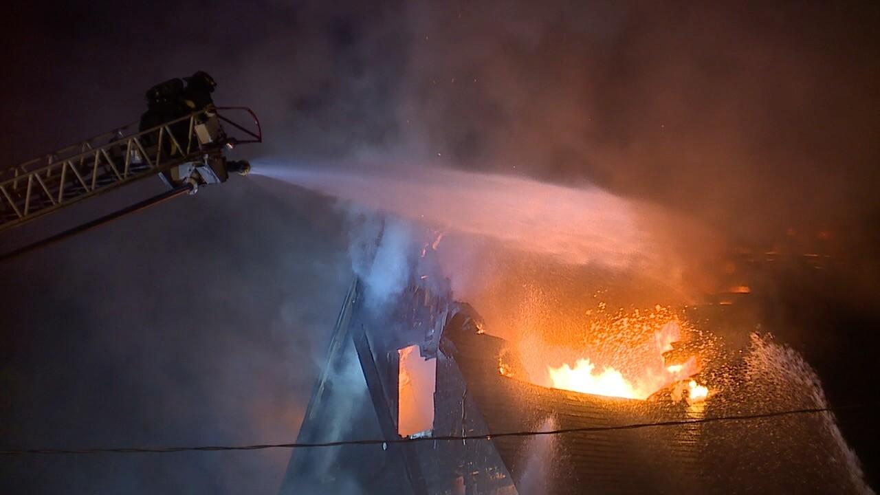 E135 St Clair fire 1.jpg