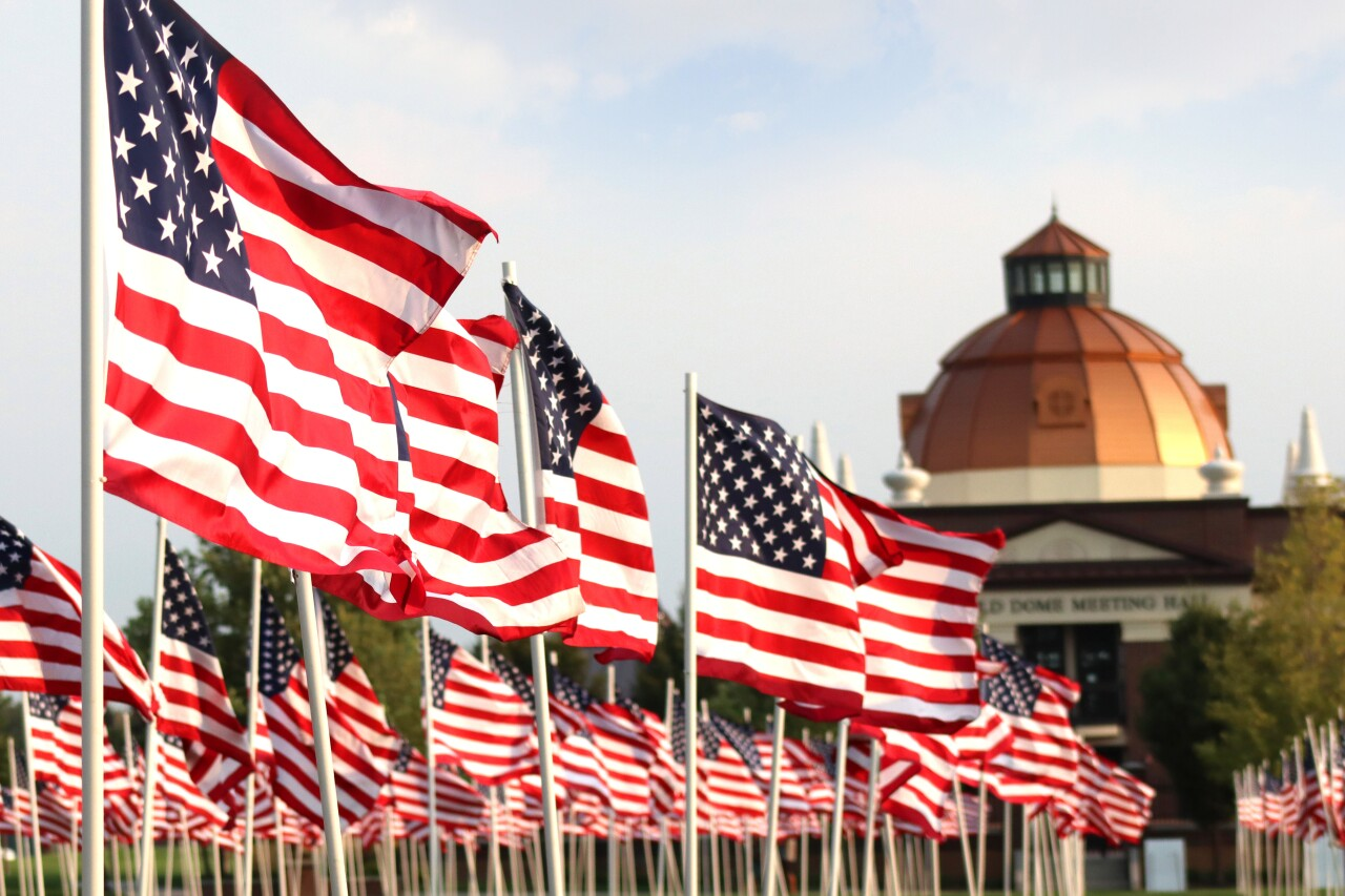 riverton-9-11-flag-display-1.JPG