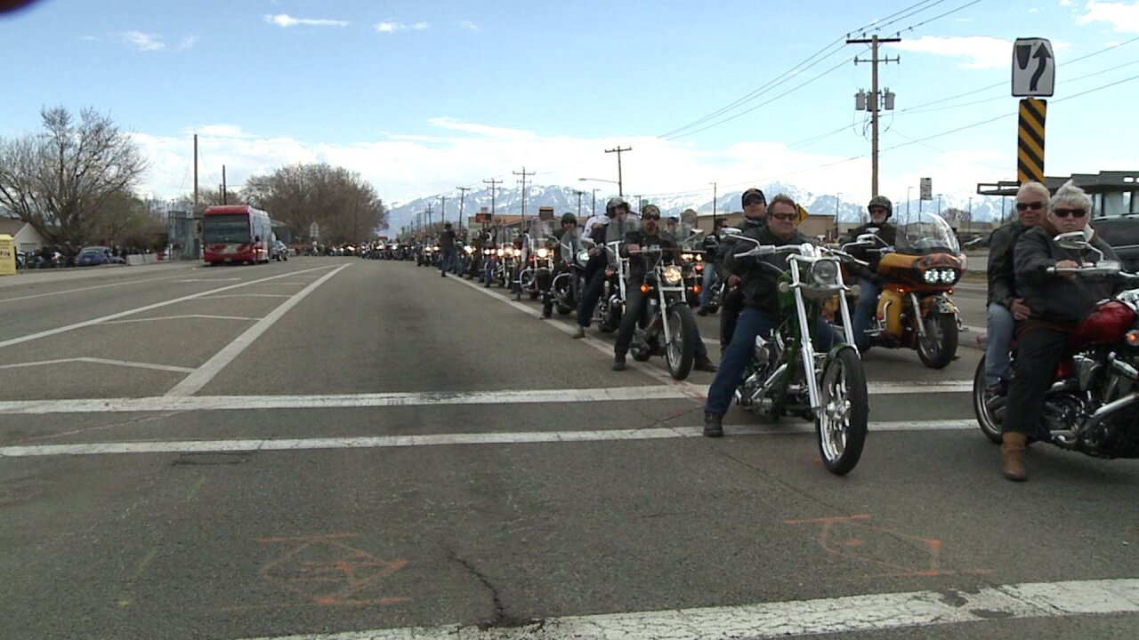 Hundreds of riders form funeral procession for young Utahn who loved motorcycles