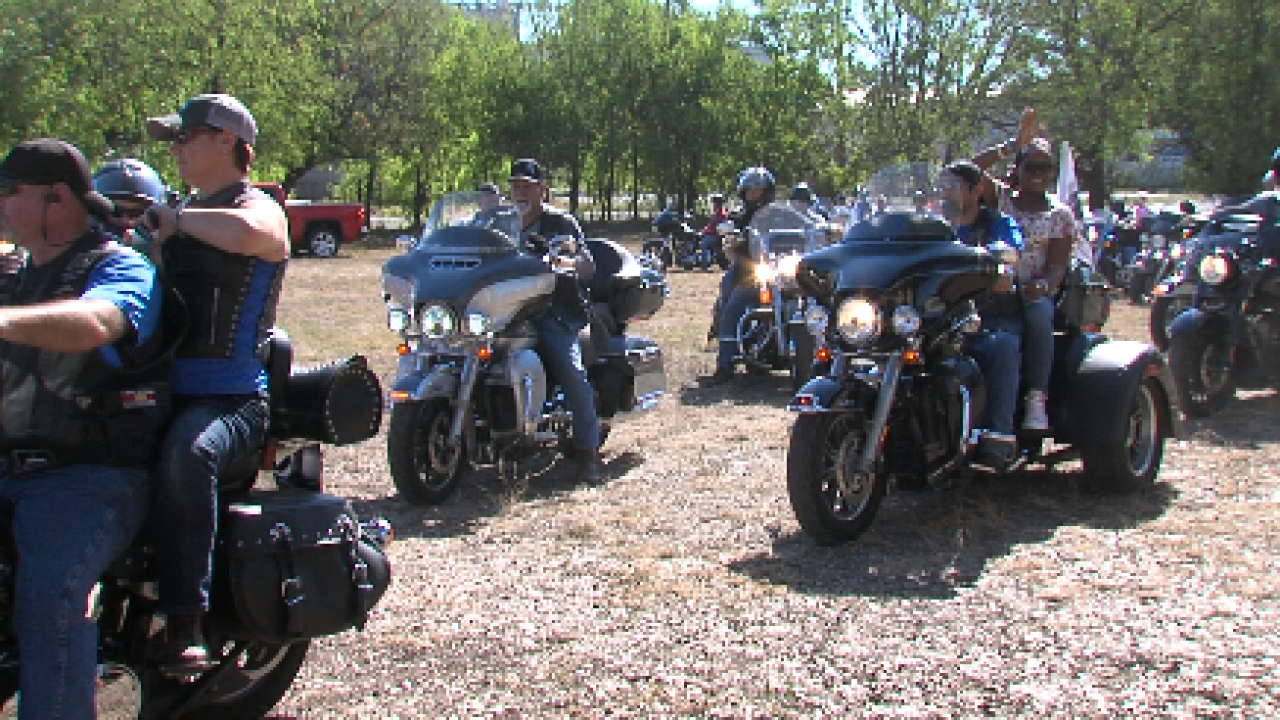 Bikers ride to support deputy in fight against cancer