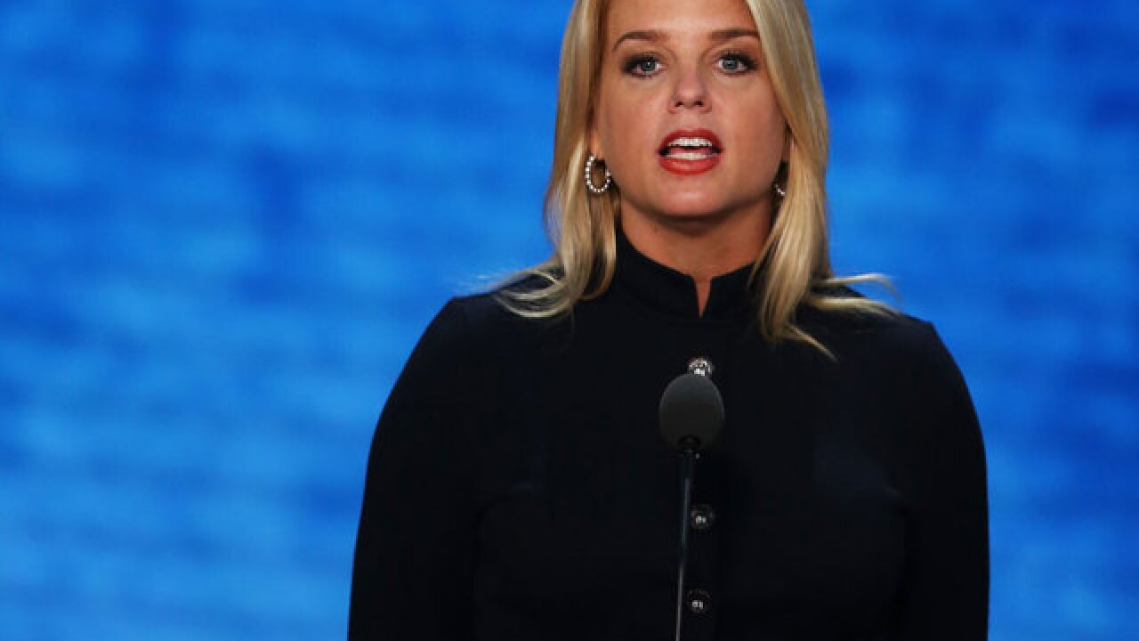 Trump considering Pam Bondi, Chris Christie for attorney general after Sessions departs
