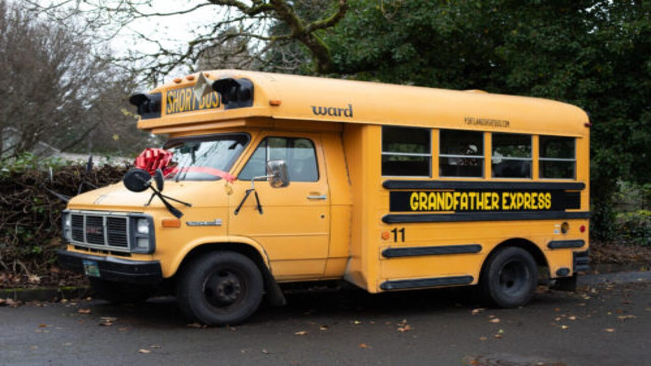 This Grandpa Bought A School Bus So He Could Take His 10 Grandkids To School Each Morning