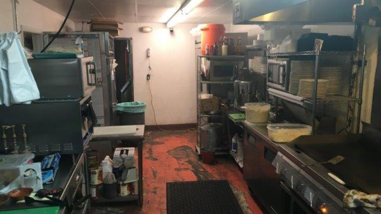 Dirty Dining: La Pupusa Loca