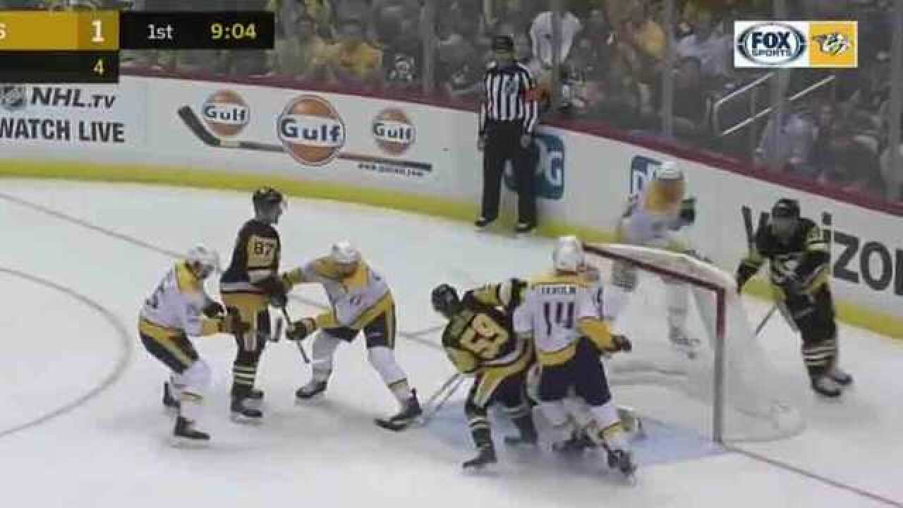 Murray, Malkin Lead Penguins Past Predators 4-0