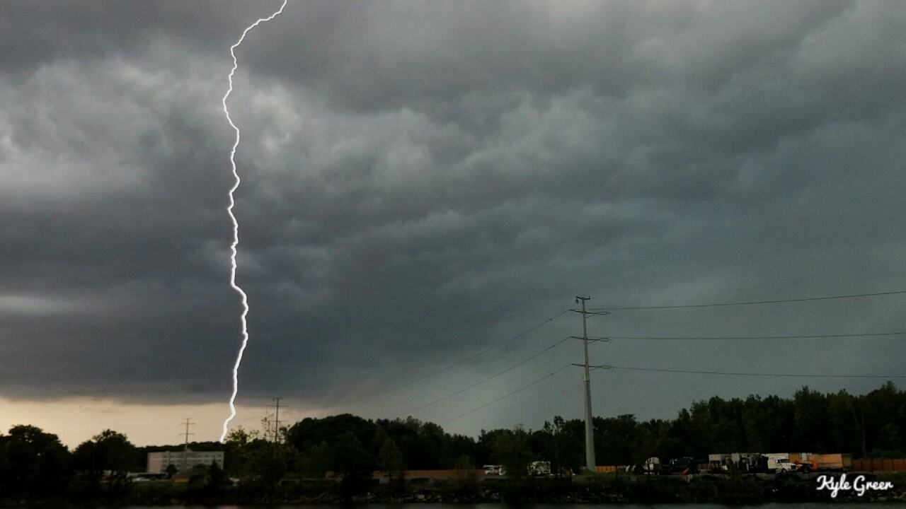 Photo gallery: August 7 severeweather