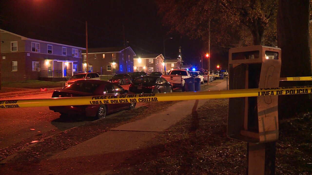Man in critical condition following Mosby Courtshooting