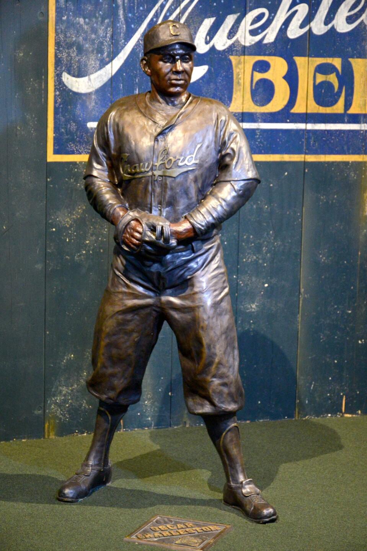 NLBM_statue.JPG