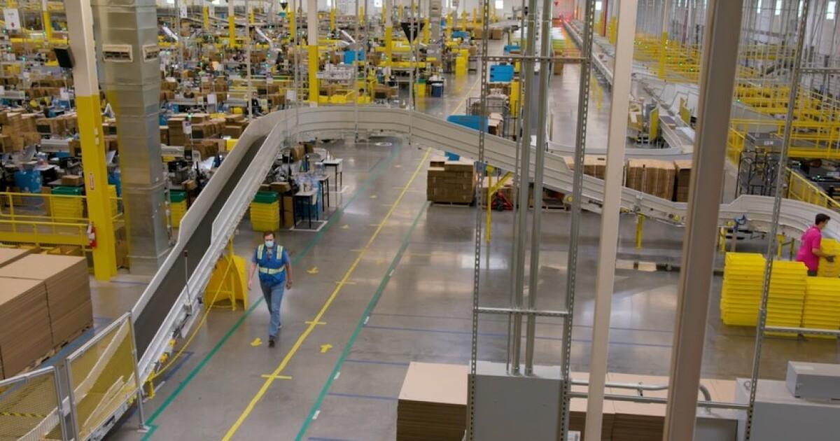 Amazon is hiring 1,900 in Denver  image