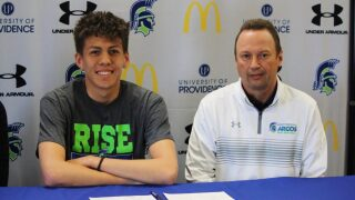Chinook's Isaac Bell officially signs with Providence