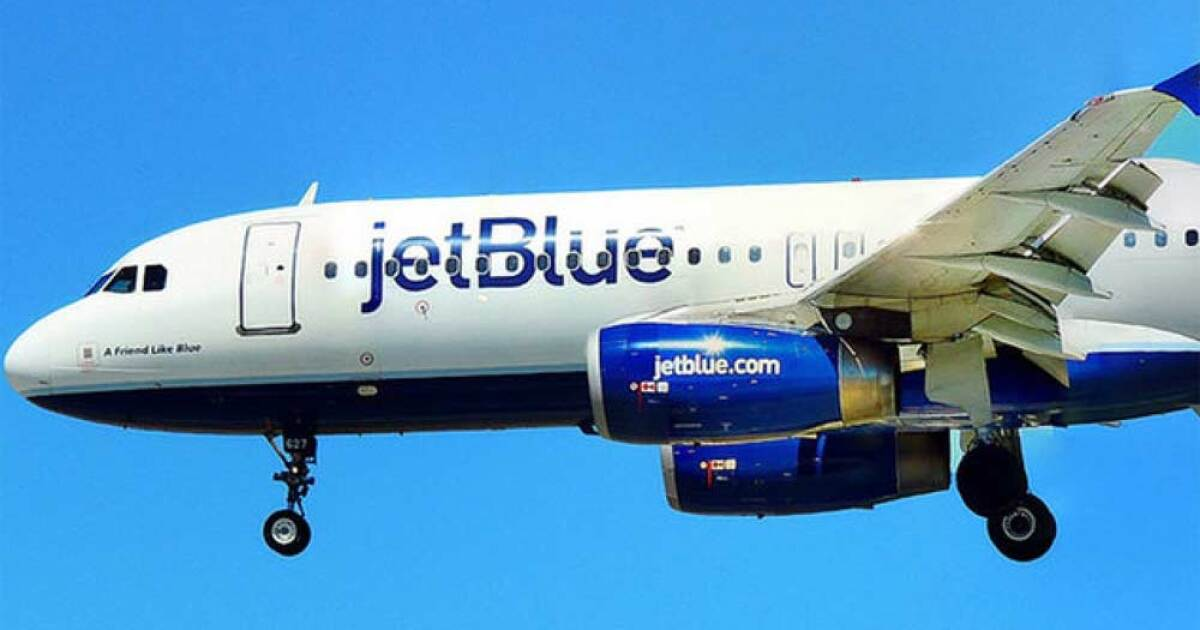 JetBlue reservation system back up after temporary outage