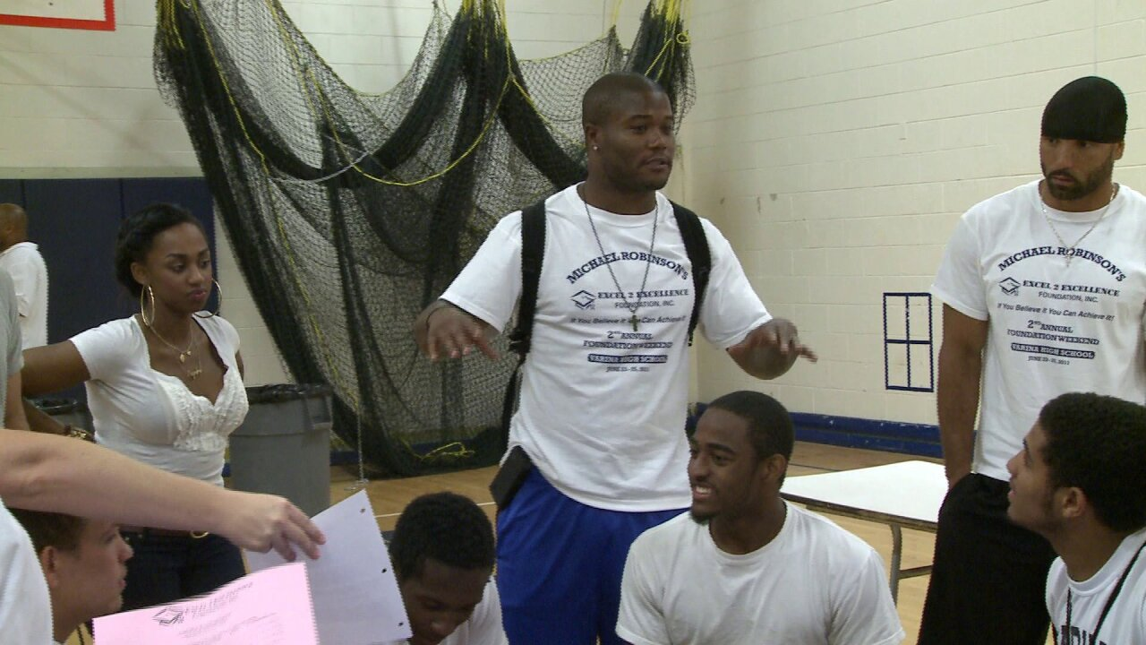 Excelling 2 Excellence: Varina's Michael Robinson gives back toRVA