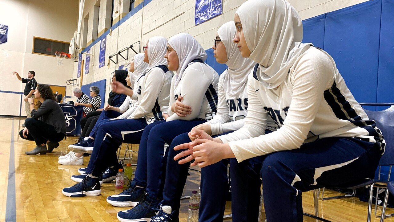 Hoops and headscarves: Milwaukee girls basketball team shatters stereotypes