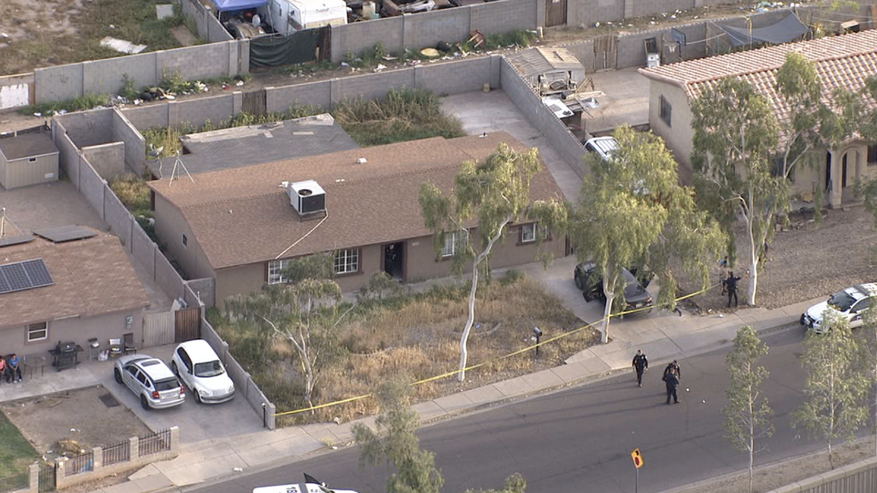 Man, child shot near 39th Ave and Roosevelt