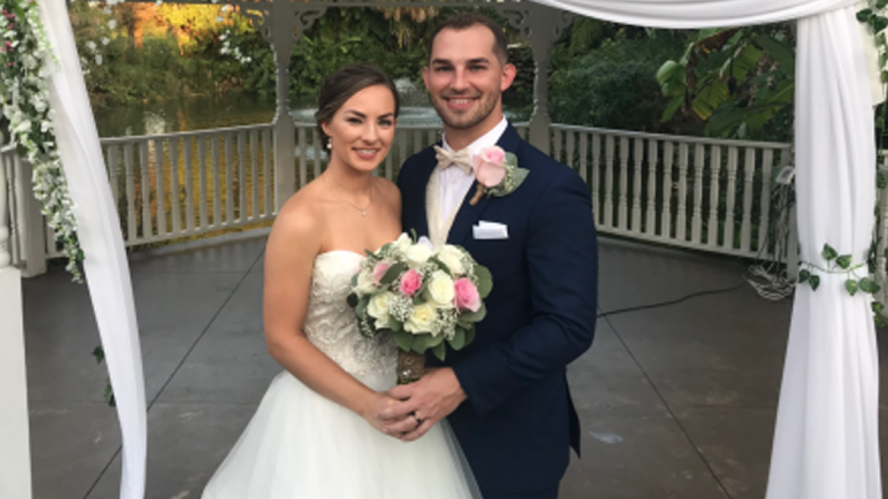 Florida newlyweds lose thousands after thief steals bag full gifts on wedding night