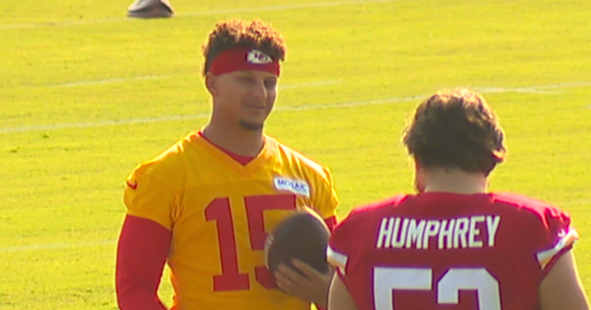 Chiefs 1-on-1 with rookie center Creed Humphrey