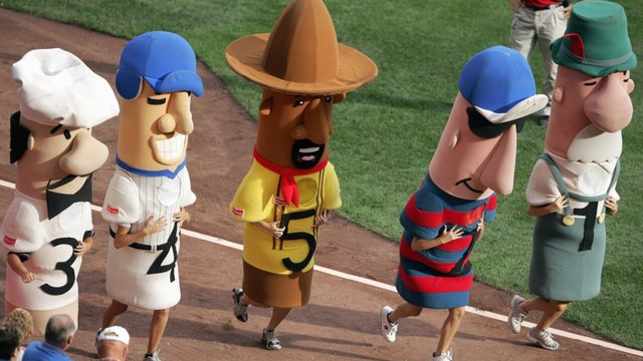 Proper hot dog etiquette for baseball season