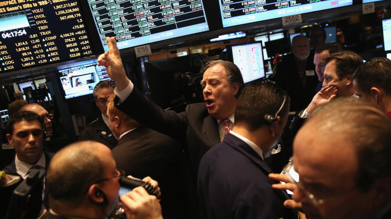 Dow soars 500 points as investors cheer fat corporate profits