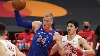 Mason Plumlee Pistons Raptors Basketball