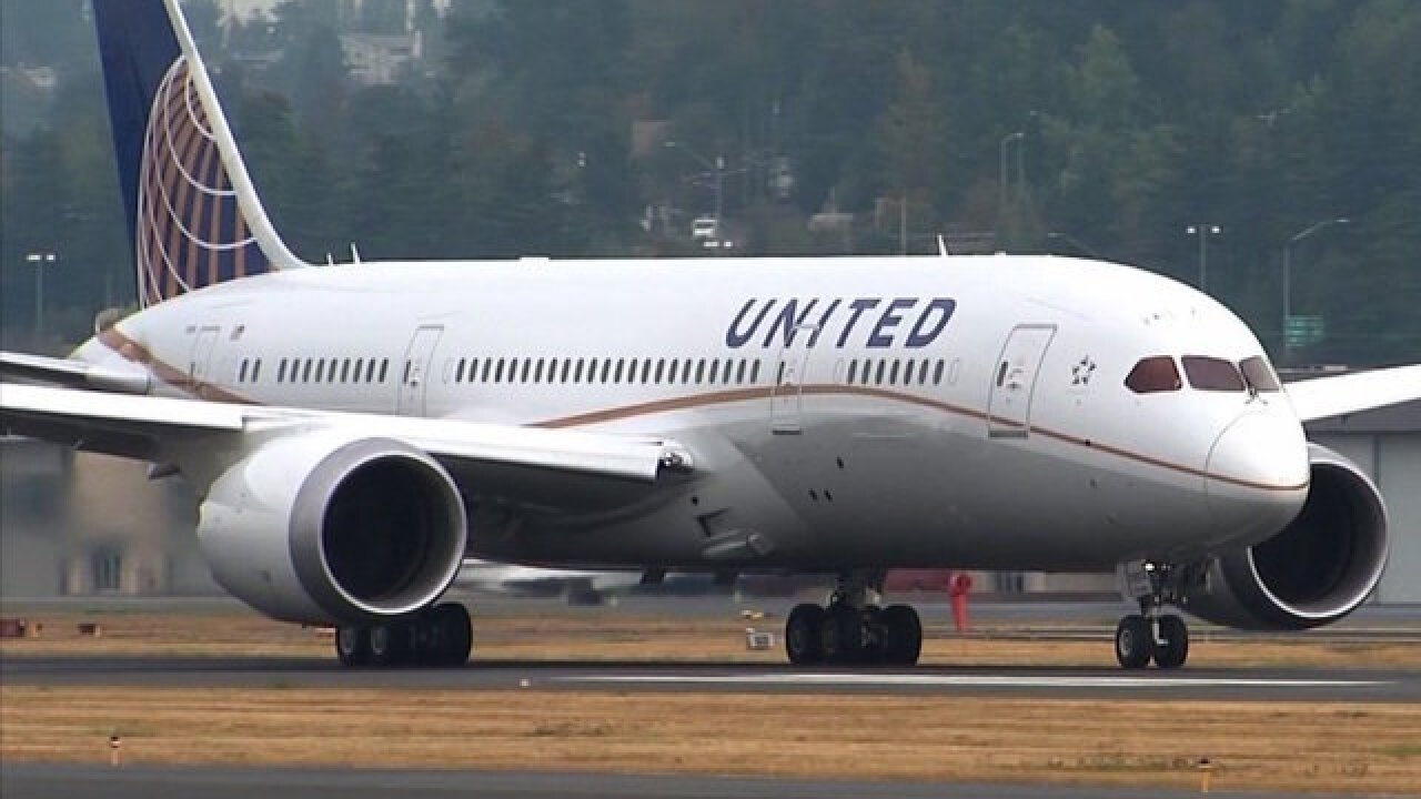 United says it is offering compensation to all passengers on flight