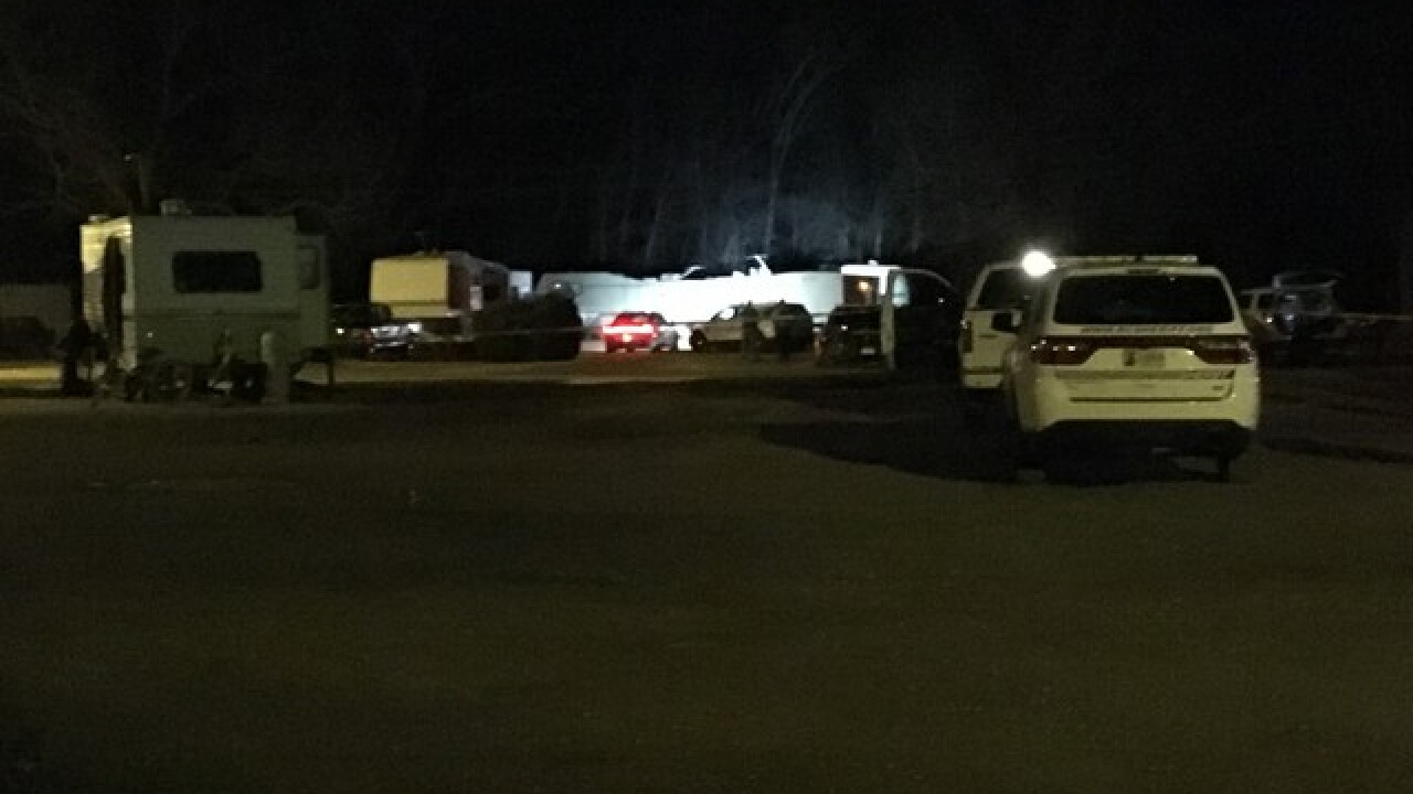 Wagoner county deputies are responding to a man who barricaded himself inside a home