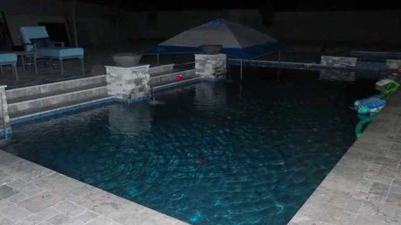 FD: Child pulled from Peoria pool, hospitalized