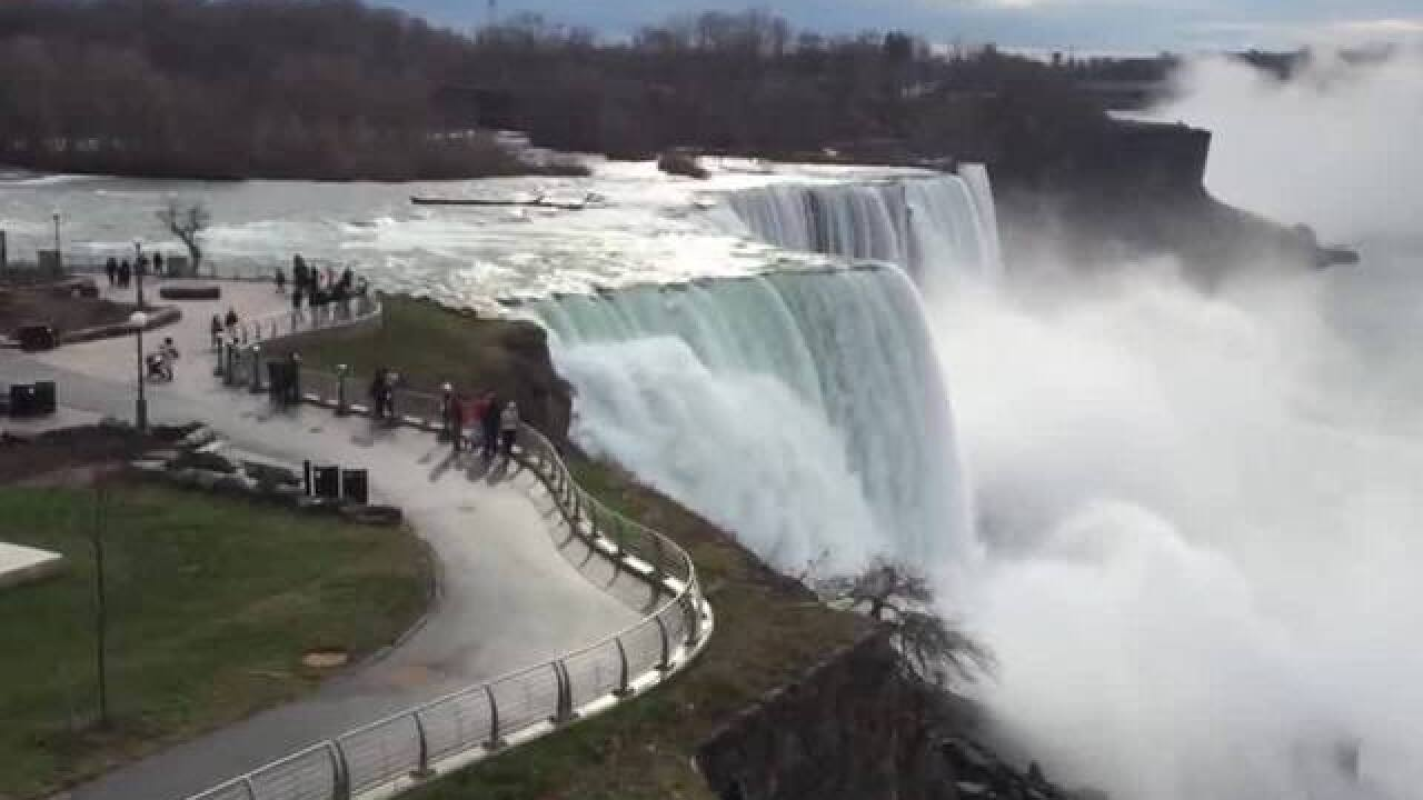 Spring cleaning in Niagara Falls
