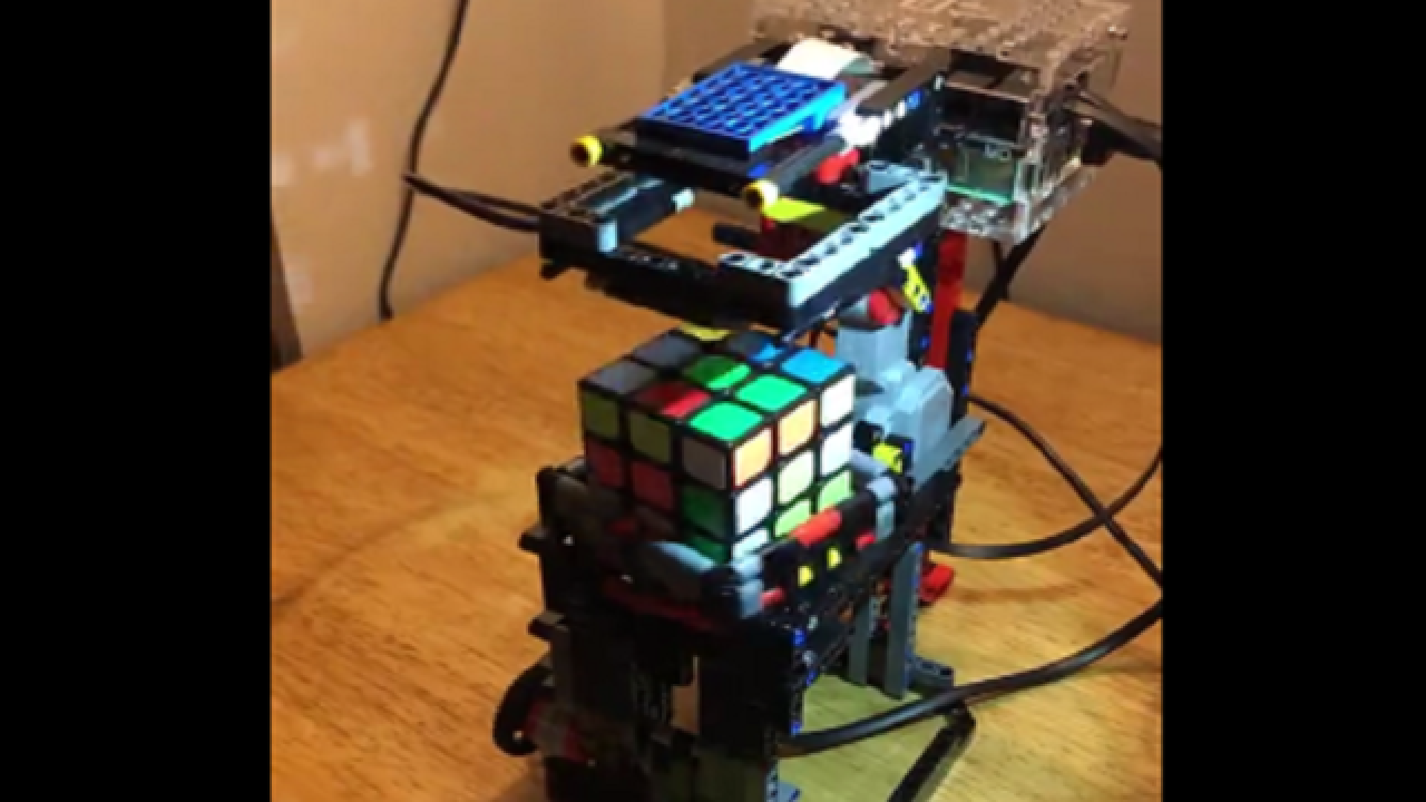 Lego-built machine solves Rubik's Cube