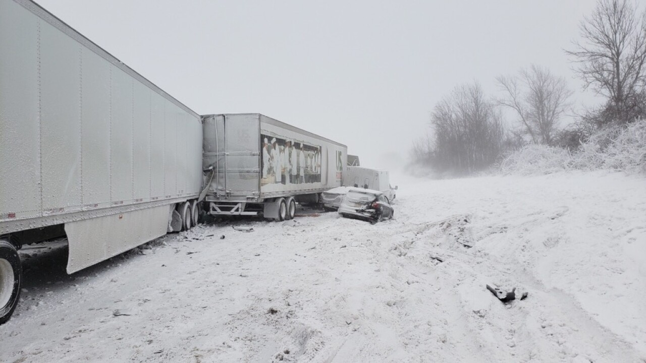 59ee72c6919 19-car pileup shuts down part of Thruway, banned tractor trailers involved