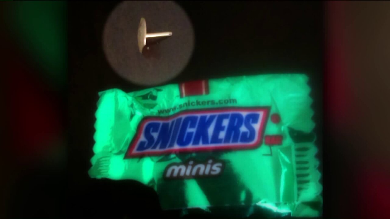 Thumbtack found in fun-size Snickers leaves Tooele momdissatisfied