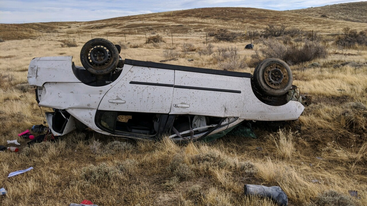 One dead, one injured in crash on I-70 in Grand Co.