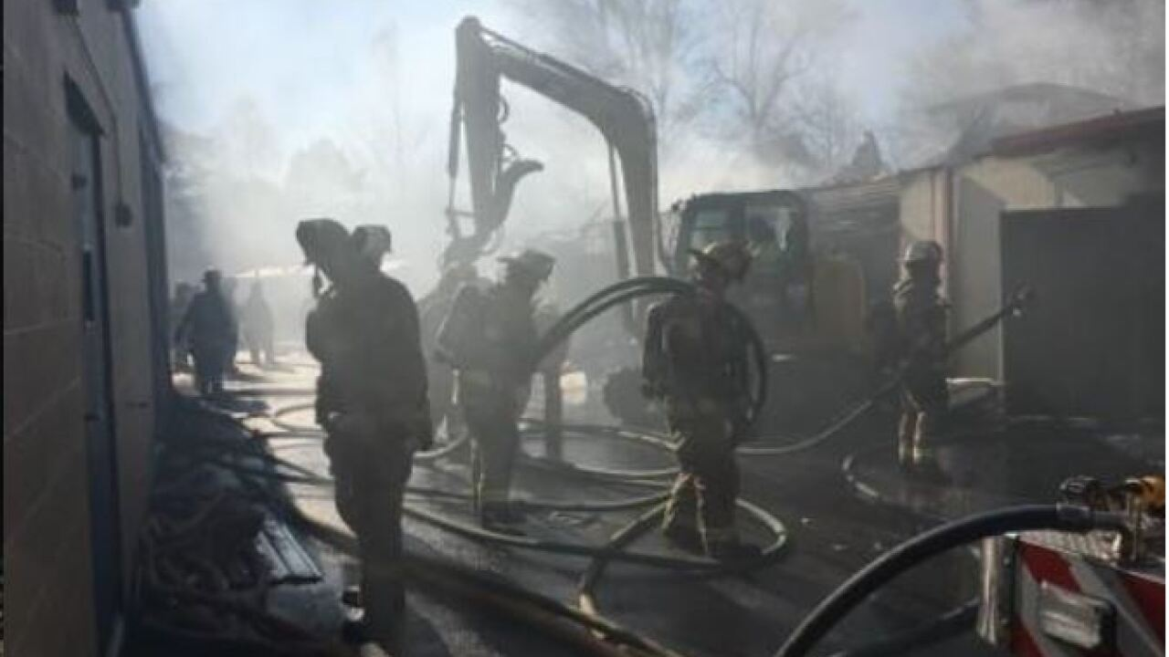 Firefighter injured while fighting commercial structurefire