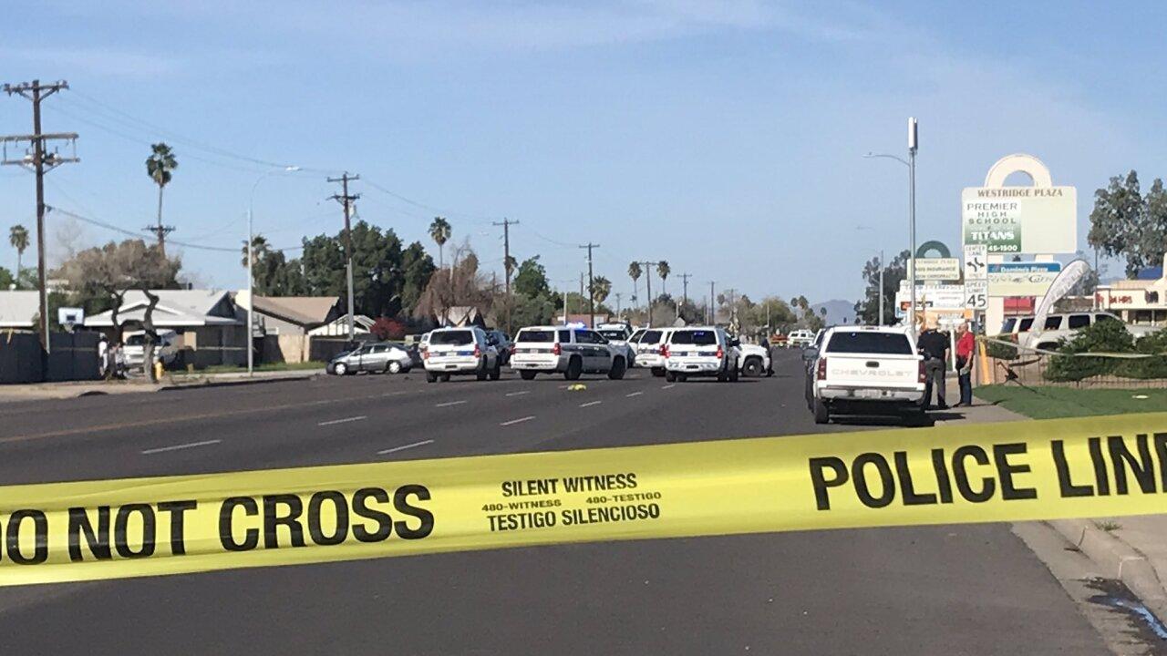 KNXV Nohe Phoenix police officer hit.jpg