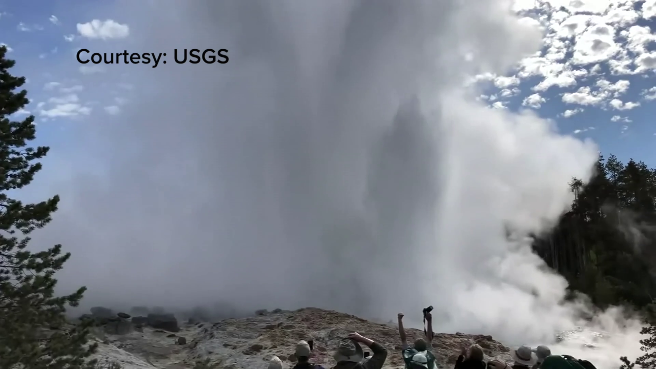 Steamboat Geyser in Yellowstone National Park