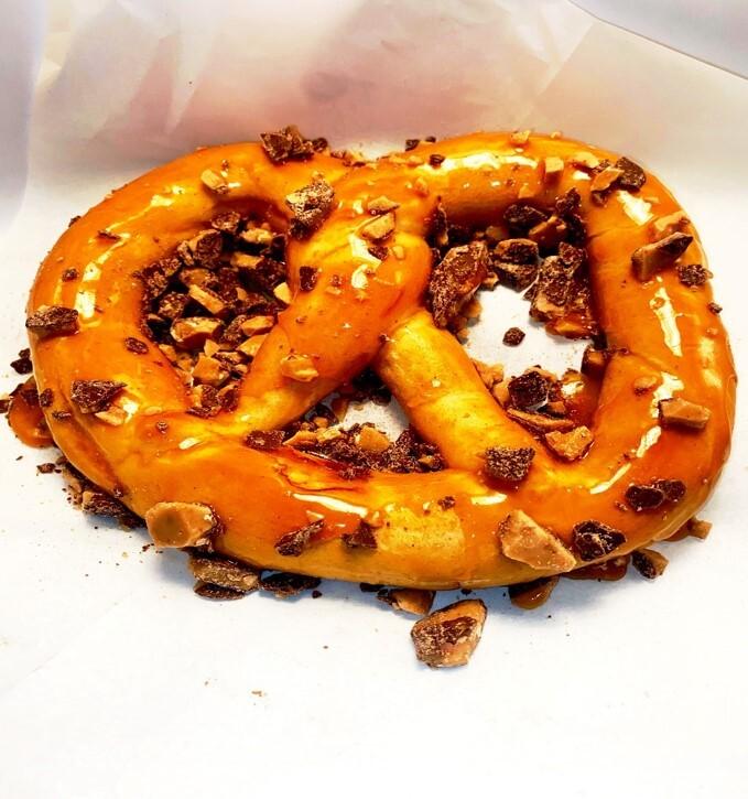 Salted Caramel & Toffee Milwaukee Pretzel (1).jpg