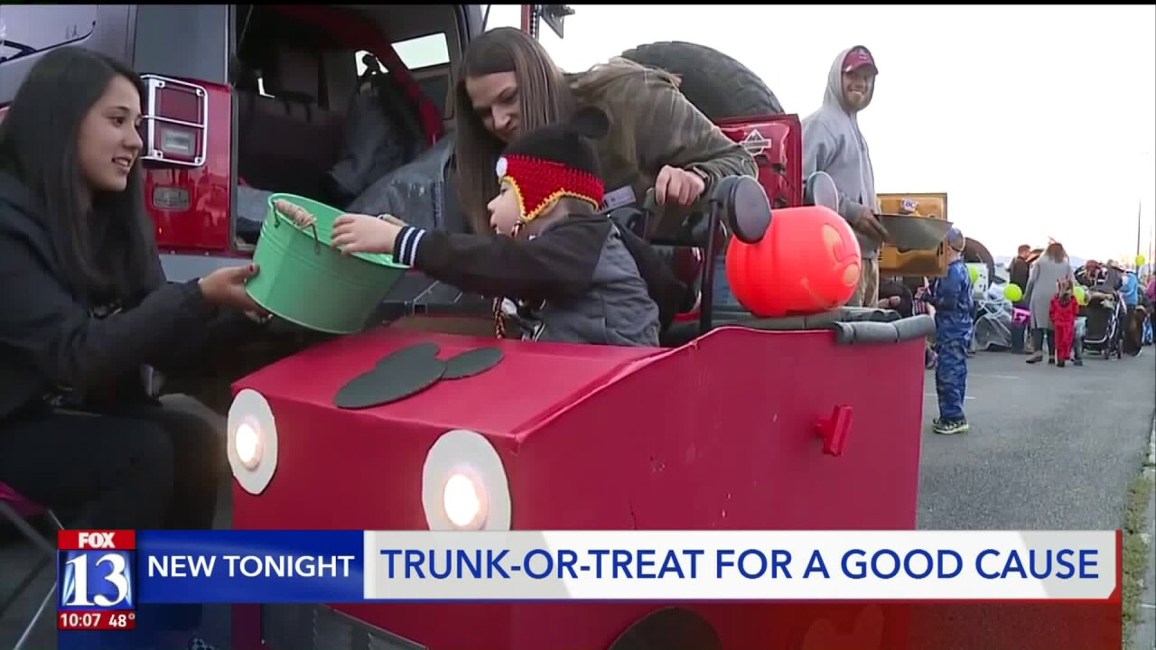 Kids with special needs get full Halloween experience at trunk-or-treat event
