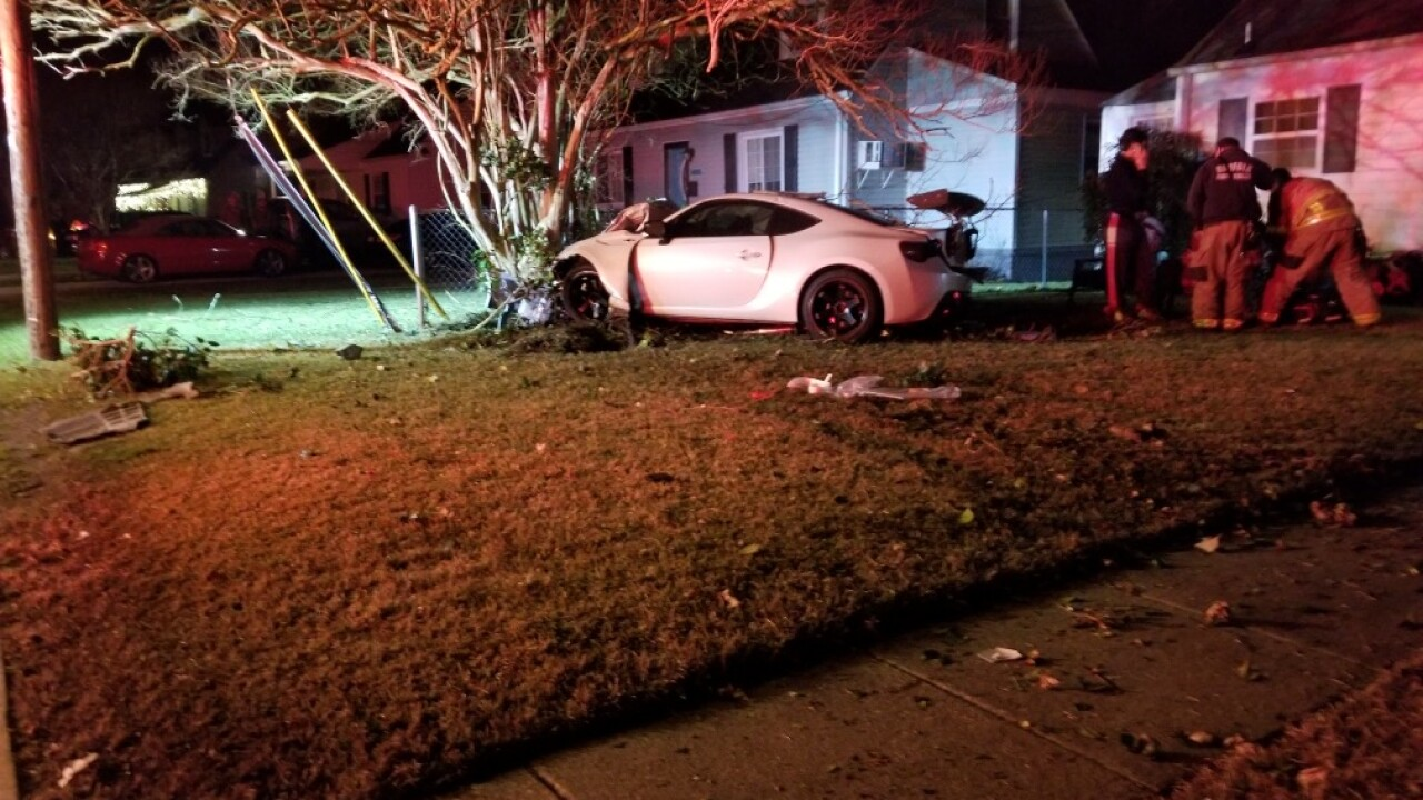 Driver crashes into tree, nearly hitting Norfolkhouse