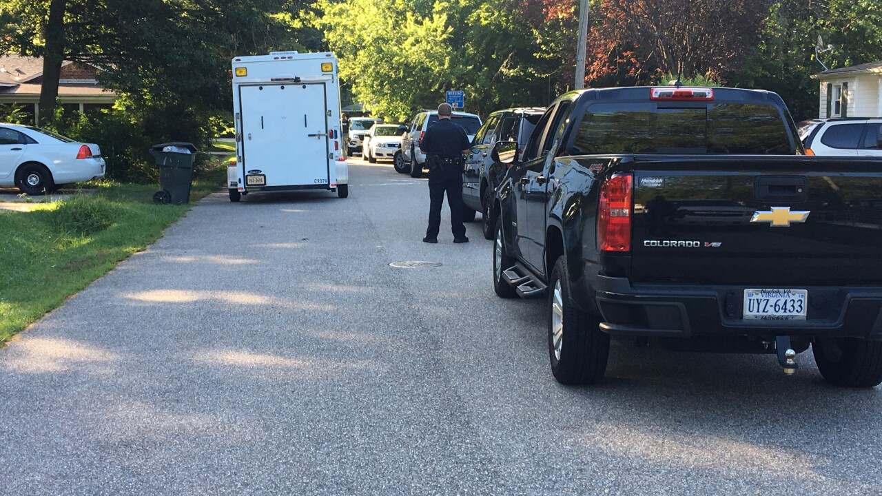 Hampton barricade situation ends with 2 peopledead