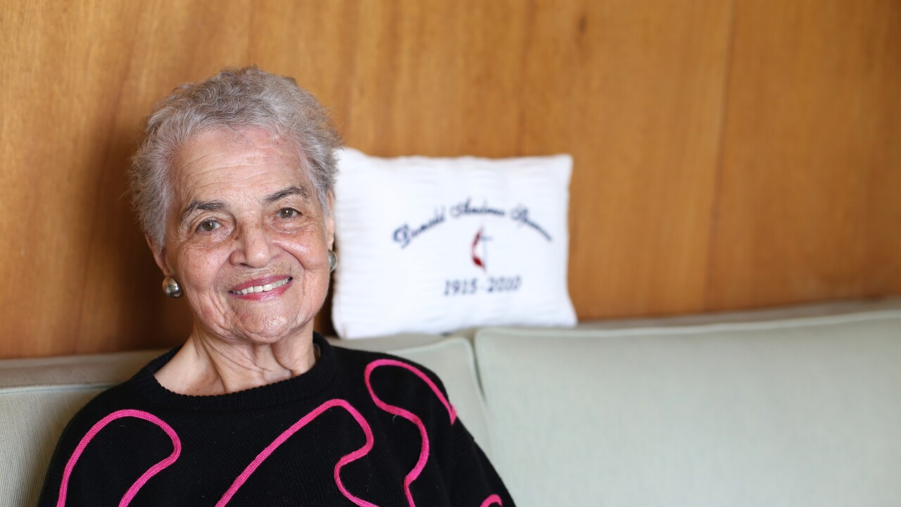 Marian Spencer in her Avondale home in 2015.