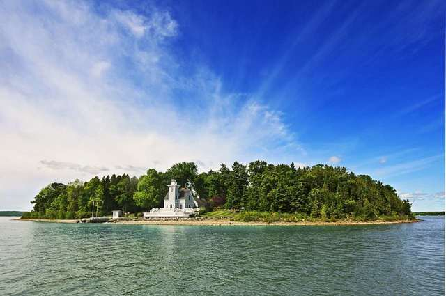 PHOTOS: Own your own lighthouse, island in northern Michigan