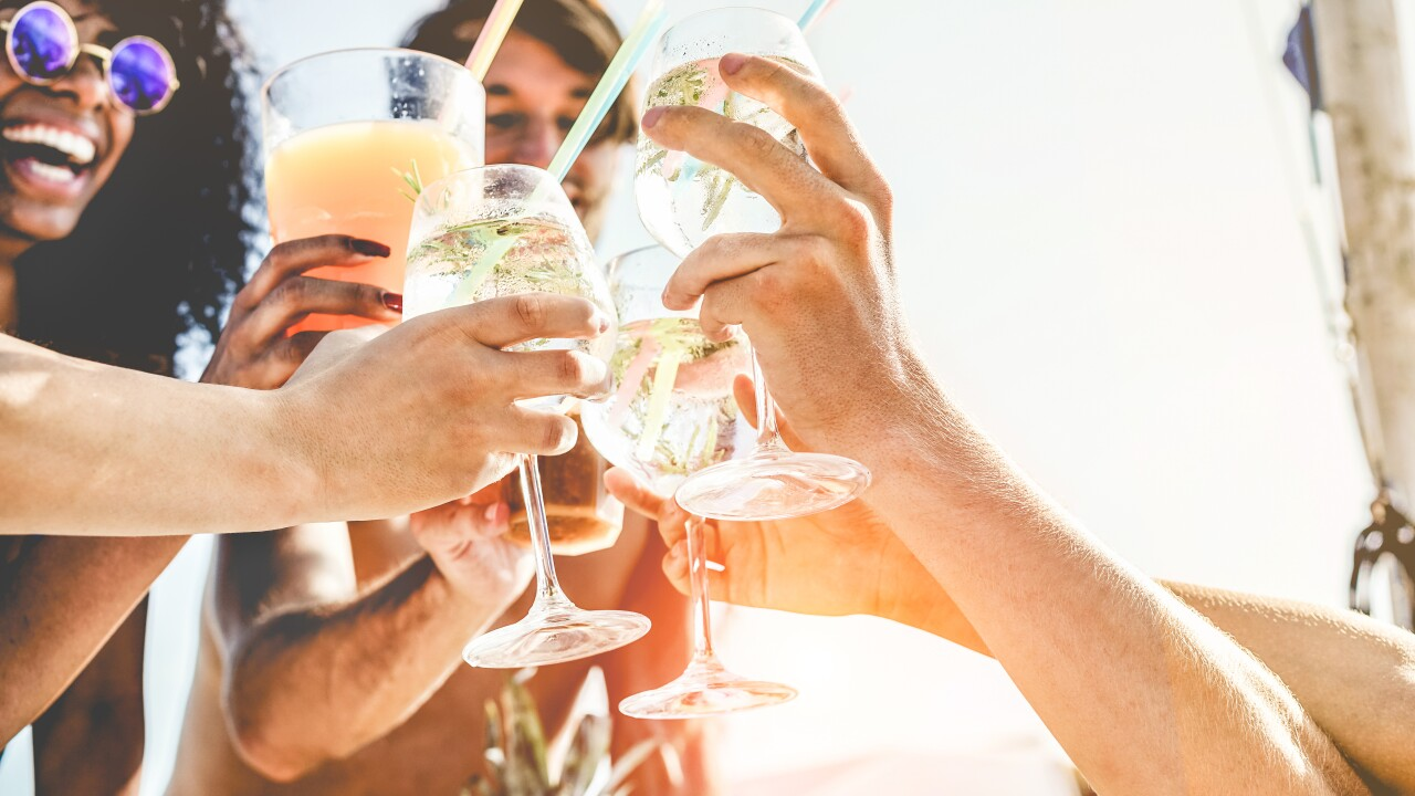 Tips to throw the best party this summer