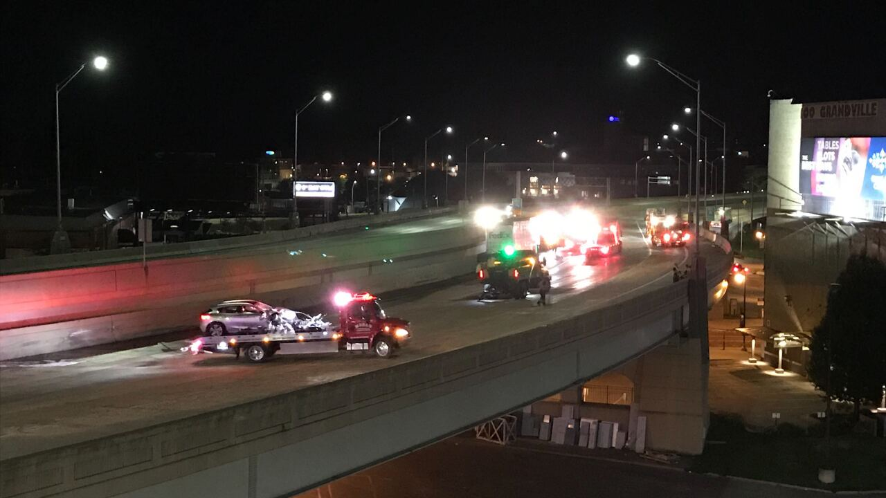 Crash on US-131 in Grand Rapids