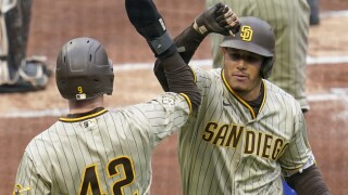 Padres Pirates Baseball
