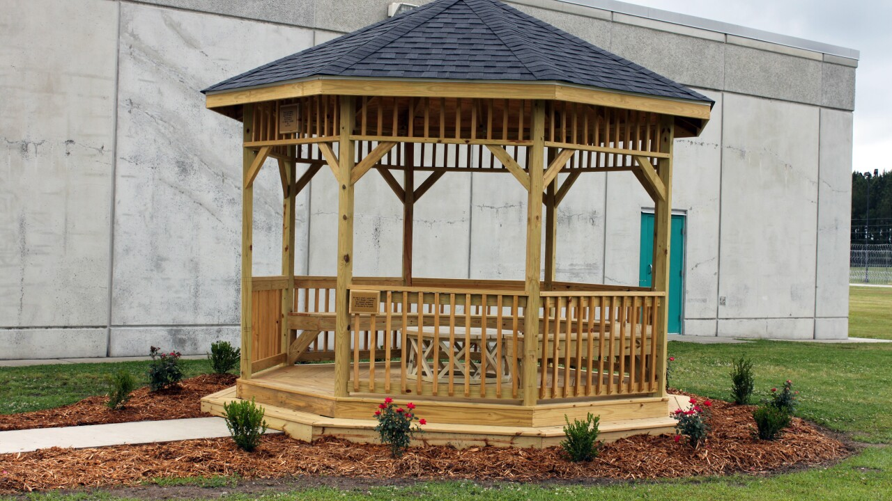 Gazebo built to honor Bertie corrections officer killed in line of duty