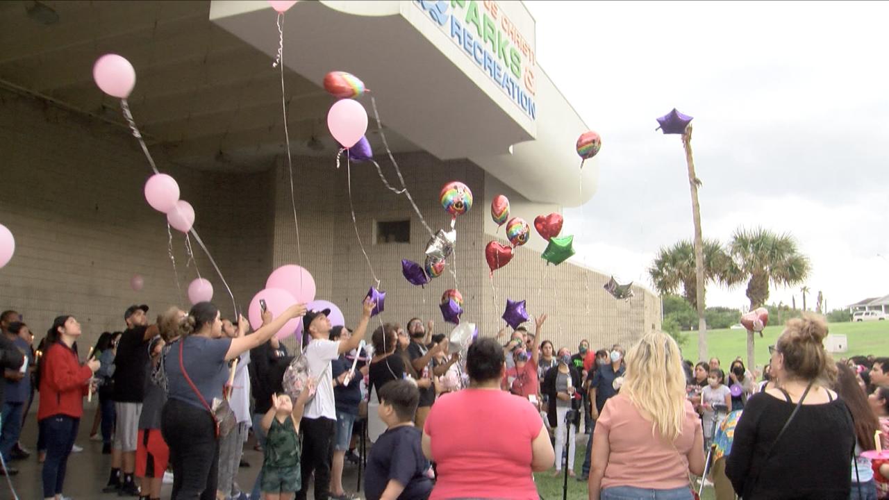 Hundreds attend vigil for slain Corpus Christi one year old