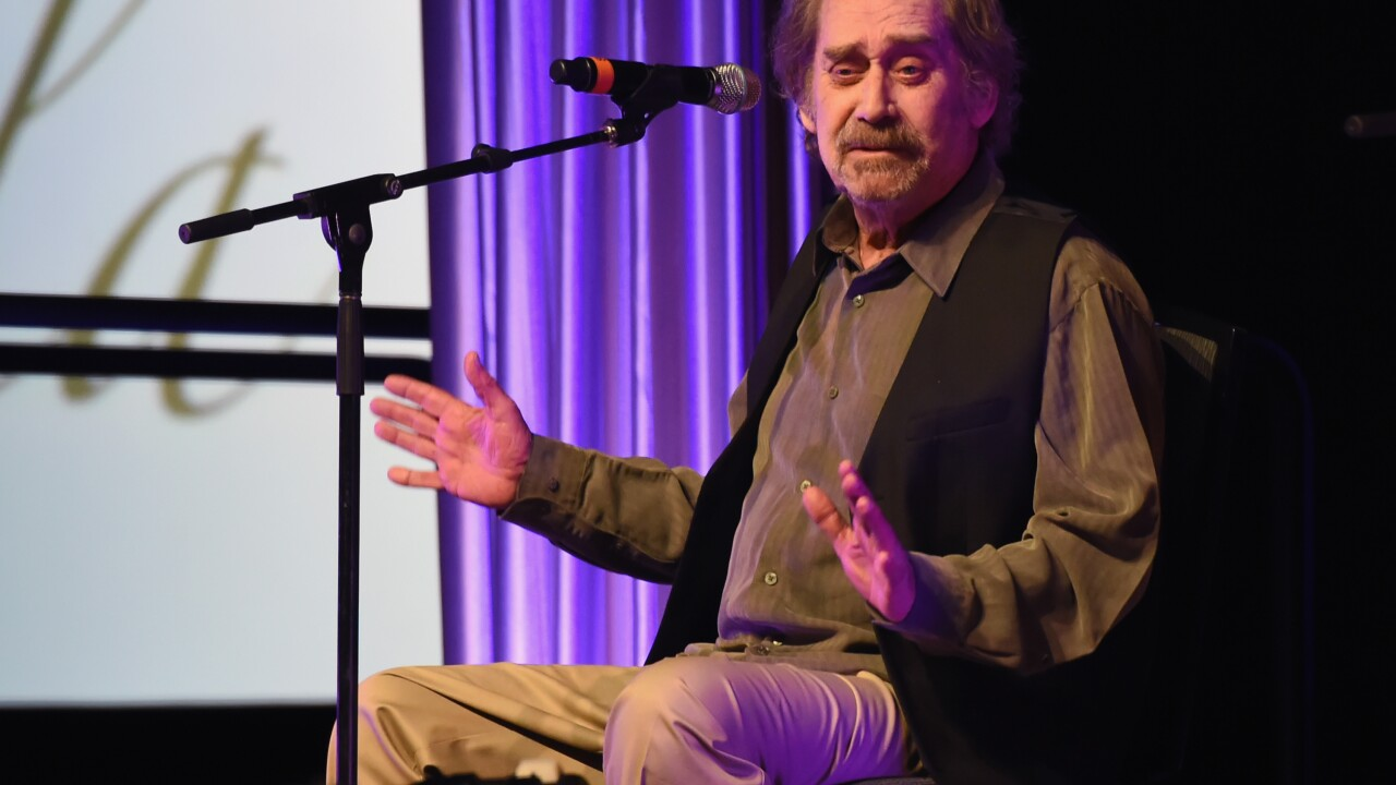 Legendary country music singer-songwriter Earl Thomas Conley dies at 77