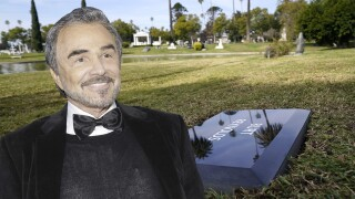 Burt Reynolds' remains laid to rest in Hollywood
