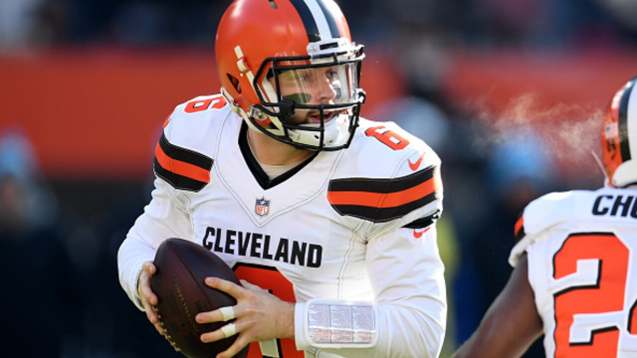 Baker Mayfield throws 51-yard touchdown pass to Jarvis Landry