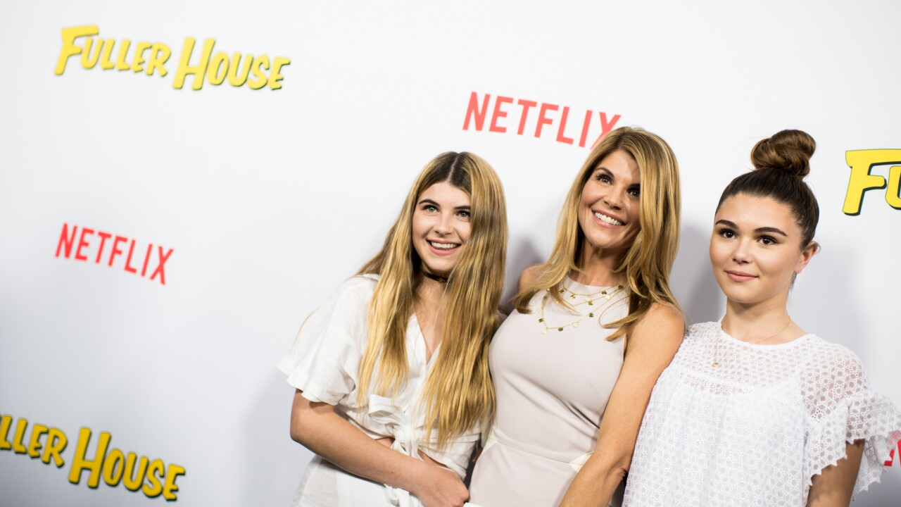 Lori Loughlin's daughters to leave USC following bribery scandal, per report