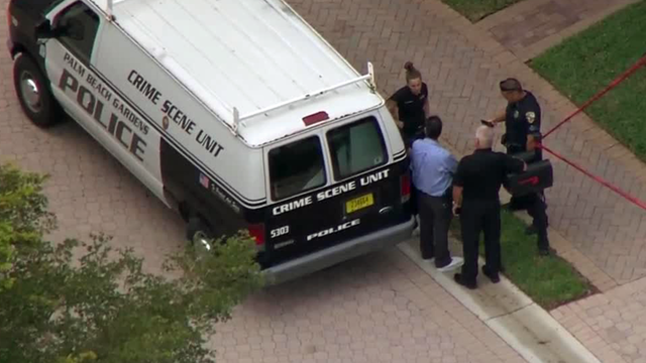 2 people hurt at Palm Beach Gardens complex