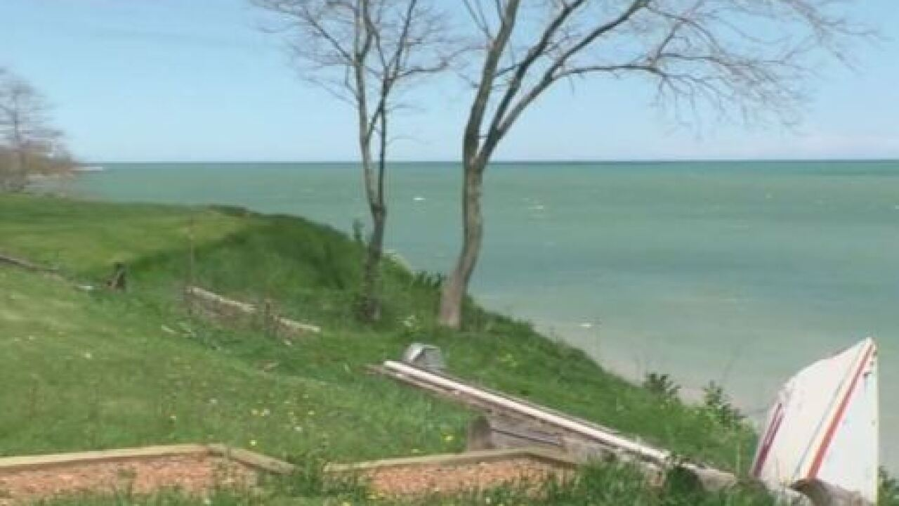 Oak Creek residents unhappy about mercury levels in Lake Michigan